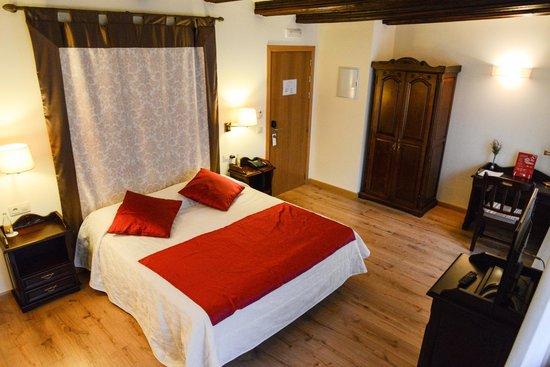 Hotel Cardenal Ram: Habitación