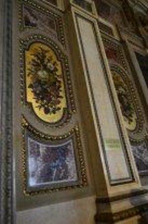 State Opera House : декор интерьера