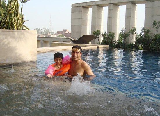 Hyatt Amritsar: The swimming pool