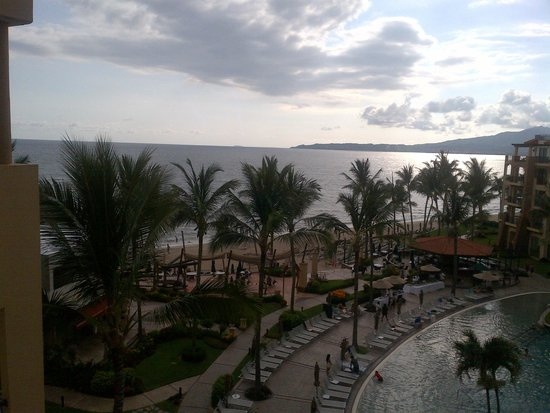 Villa del Palmar Flamingos Beach Resort & Spa Riviera Nayarit : 5th Floor looking towards Marietas Island direction