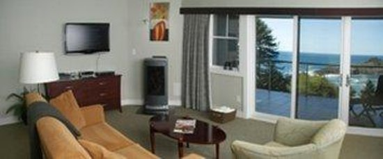 Whale Cove Inn: INTER