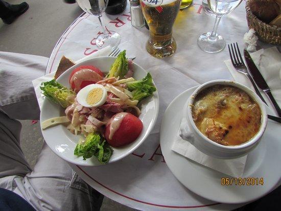 La Terrasse du 7eme: French Onion Soup and a Parisieene Salad