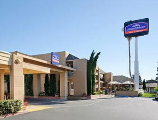 Howard Johnson Inn And Suites Vallejo Near Discovery Kingdom