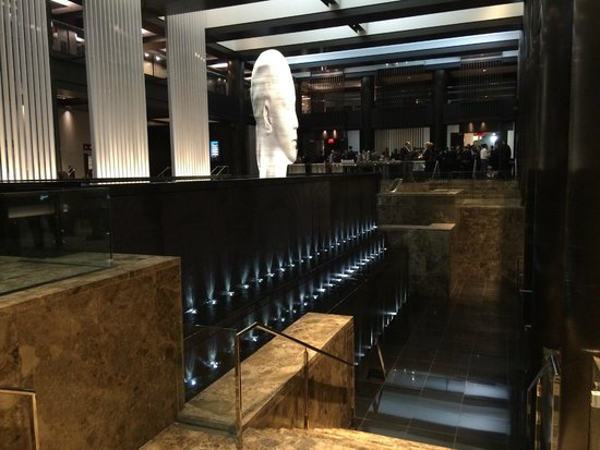 Grand Hyatt New York: Elegante e ben collegato