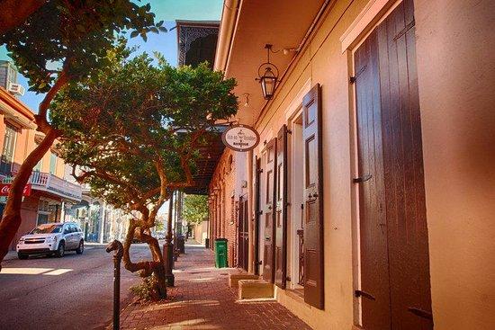 Inn on Ursulines: Ursulines Avenue