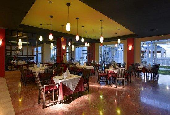 แกรนด์ปัลลาเดี่ยม รีสอร์ท&สปา: Grand Palladium Jamaica Restaurante Lotus