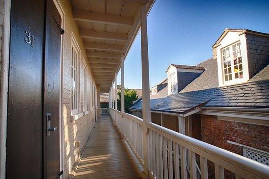 Inn on Ursulines: Second Floor Balcony