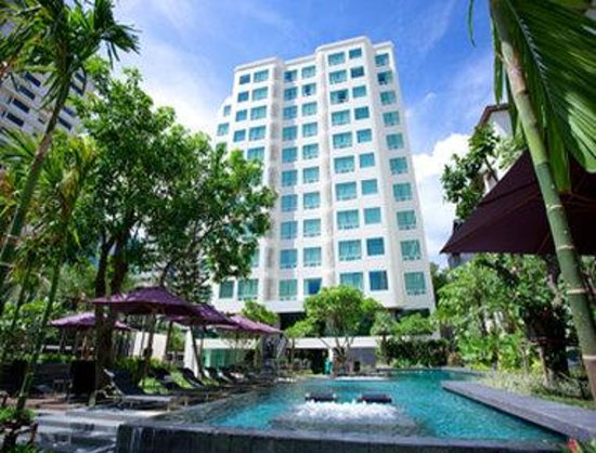 Welcome to Sukhumvit 12 Bangkok Hotel & Suites