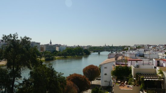 Ribera de Triana Hotel: View from our balcony