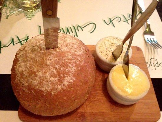 Spijshuis de Dis Restaurant: Bread and butters