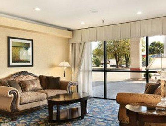 The Hotel Dayton : Lobby