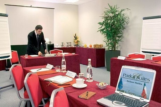Appart'City Confort Lyon Part-Dieu : Meeting Room
