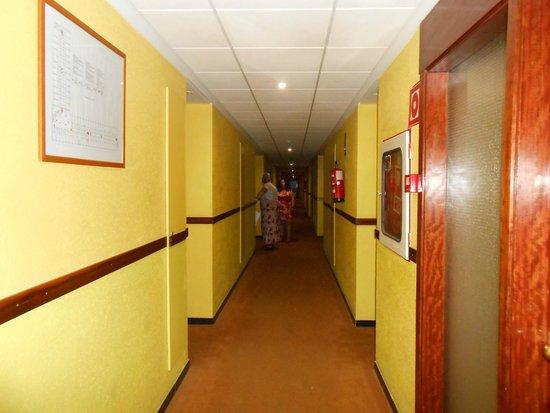 Estival Park Salou: hallway