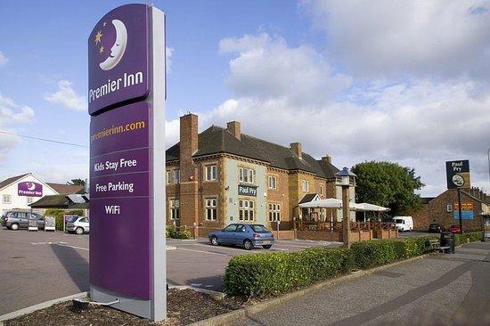 Premier Inn Peterborough North Hotel: Exterior