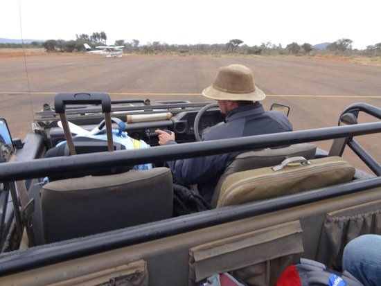 Madikwe Safari Lodge: Airport Pickup