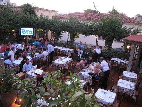 Attalos Hotel: Old Tavern of Stamatopoulos - first right off Flessa in Plaka!