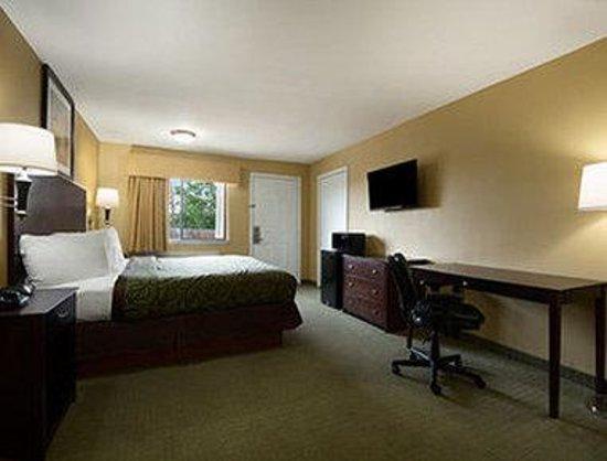 Econo Lodge Inn & Suites Corsicana