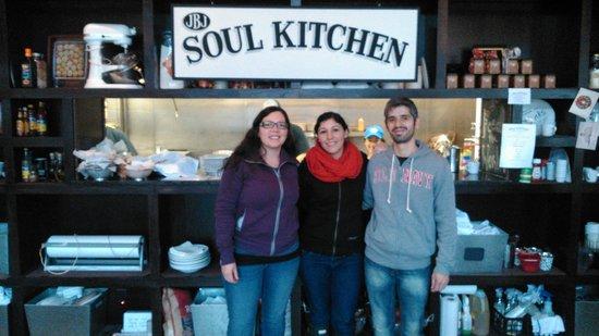 JBJ's Soul Kitchen : Excelente lugar para visitar con amigos!
