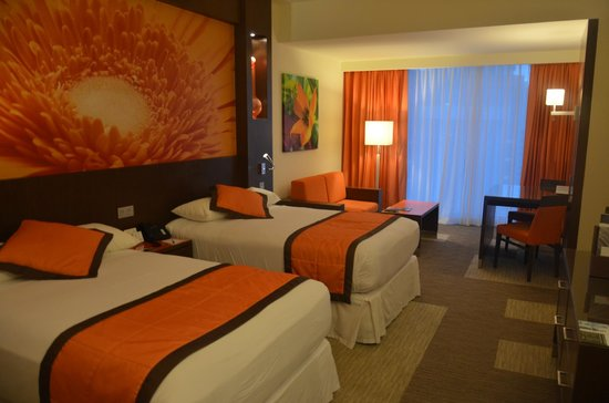 Hotel Riu Plaza Panamá: HABITACIÓN ESTÁNDAR