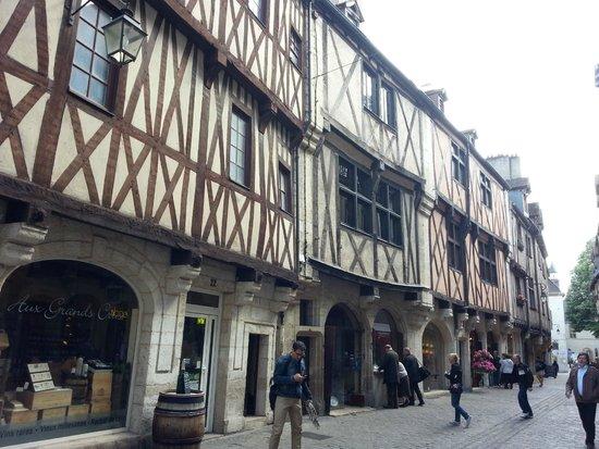 Rue Des Forges: По улочкам Дижона
