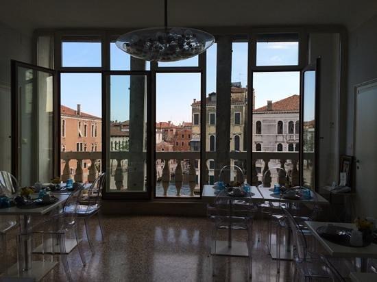 Breakfast room at Casa de Uscoli