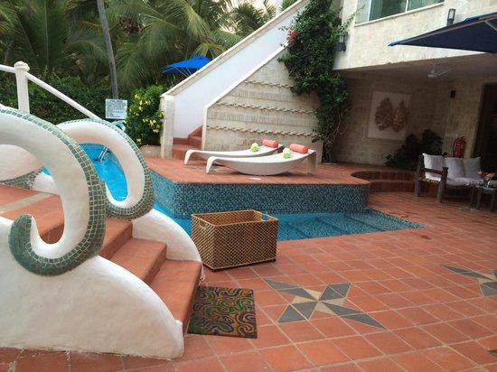 The Maji Beach Boutique Hotel: Pool area