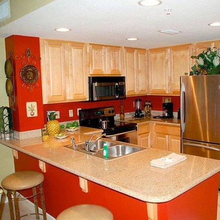 Grandview East & West Condominiums : Grandview Kitchen