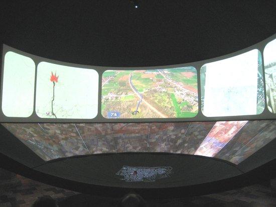 Musée de la guerre «In Flanders Field» : Excellent audio visuals