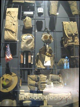 Musée de la guerre «In Flanders Field» : All the paraphernalia