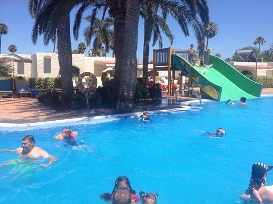 HD Parque Cristobal Gran Canaria: pool area 2