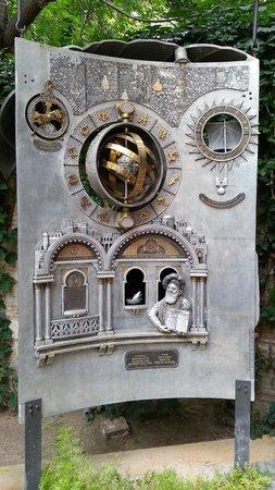 Patronat Call de Girona: Museum sculpture