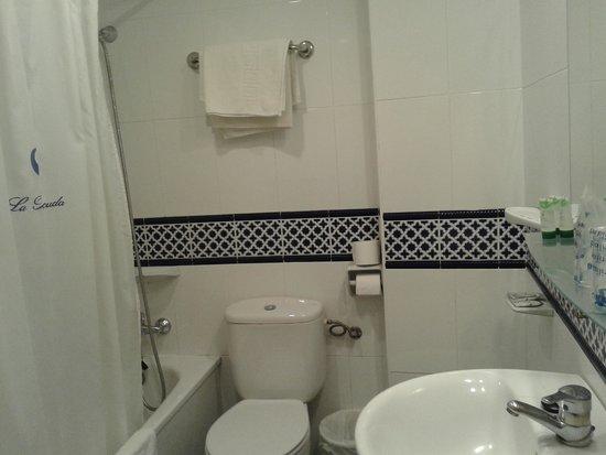 La Barracuda Hotel : baño
