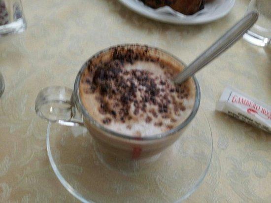 Ceraldi Caffe': Cappuccino
