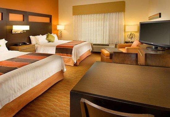 TownePlace Suites San Antonio Downtown: Studio Queen/Queen Suite