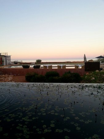 Mantarays Ningaloo Beach Resort: Vista dalla hall al tramonto