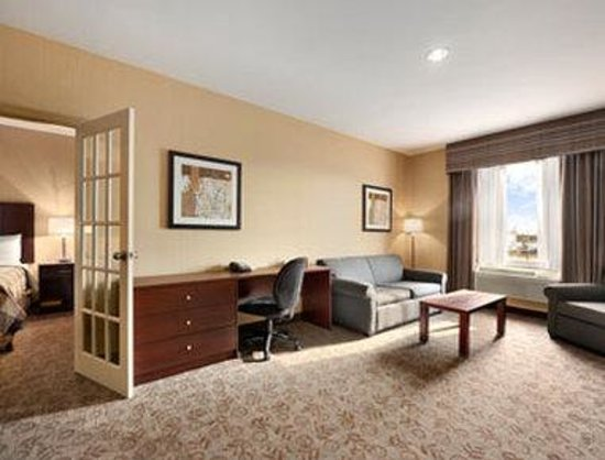 Days Inn Brampton: Premium King