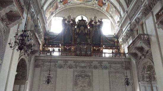 Salzburger Dom: the organ