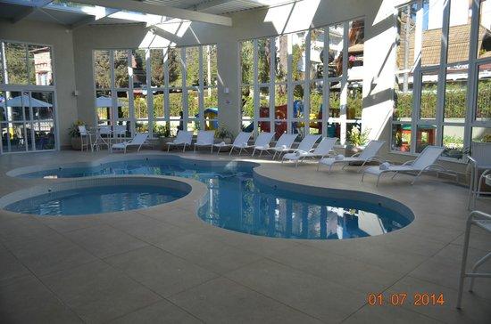 Hotel Serra da Estrela: piscina térmica