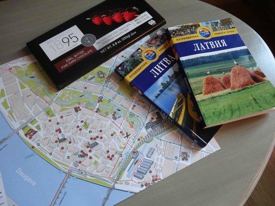 SemaraH Hotel Metropole: Бесплатные карты можно получить в отеле