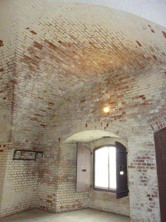 Fort Brockhurst: inside walls