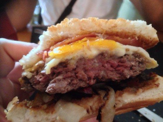 B Burger: Mmmmm