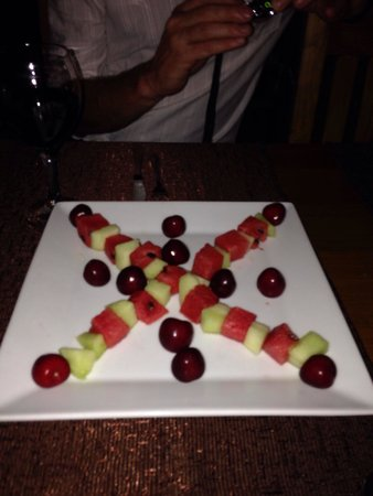 Village Cafe & Restaurant: The sweetest melon and cherries; a lovely extra given to is by Orhan