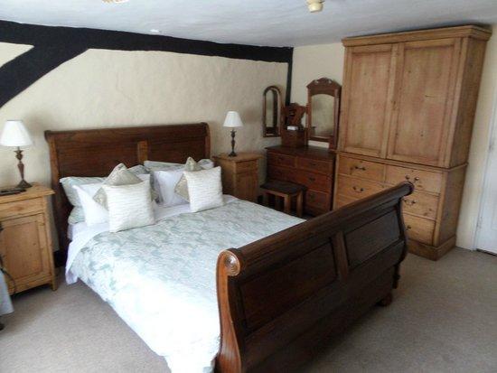 The Chequers Inn: quaint decor