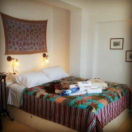 Esperas : Inside the bedroom