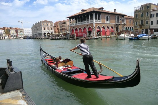Canal Grande: Gondolier on the Grand Canal