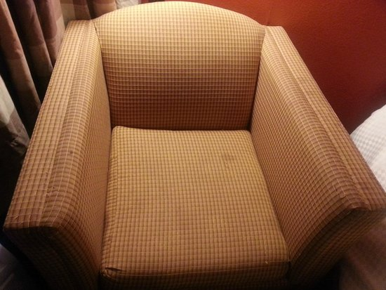 Best Western Plus Hotel & Conference Center: dirty chair in room