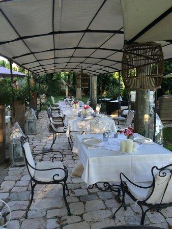 Le Mas Saint Florent : Dinner is ready !