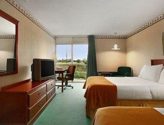 Days Inn Grand Island I-80: Guest Room