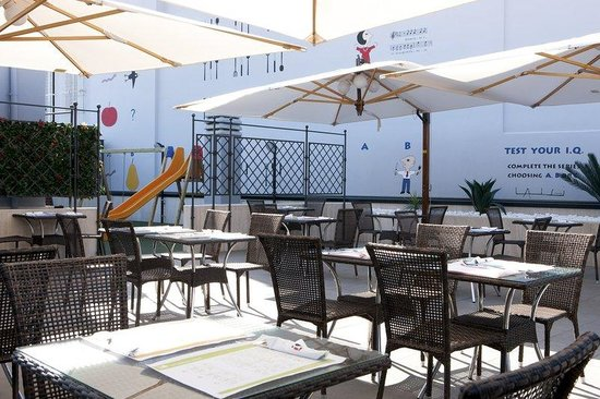 iQ Hotel Roma : Breakfast Room Terrace