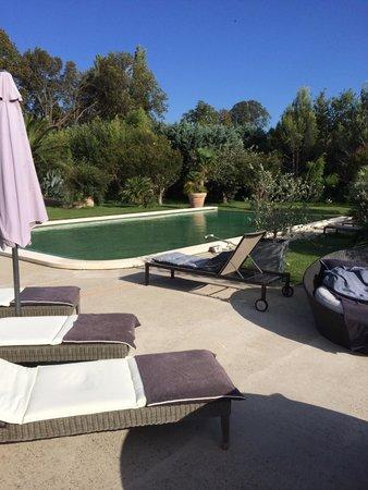 Le Mas Saint Florent : Sonne. Ruhe. Pool.